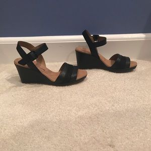 Black wedge sandals size 5.5